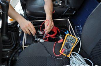 Reisemobil Defender Doppelbatteriesystem