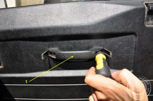 Türverkleidung entfernen Land Rover Defender
