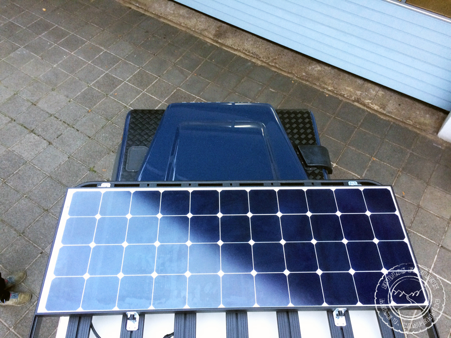 Solaranlage Defender Solarpanel